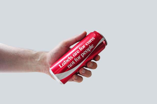 canettes coca-cola sans logo