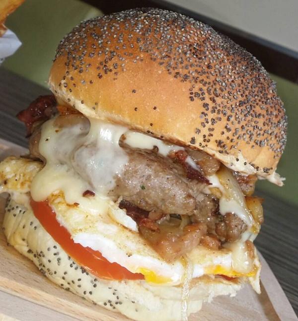 Burger Kuisto Montreuil